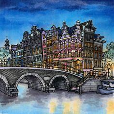 Торнеслейс – старейший и самый широкий арочный мост в Амстердаме, который сохранился в первоначальном состоянии с 1648 года.