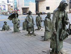 Monumento al Transeunte. Anónimo, Wroclaw, Polonia.