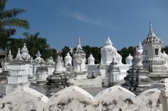 Whitewashed masoleums at Wat Suan Dok in Chiang Mai   slightly astray