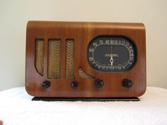 Vintage 1930s Howard Copper Chassis Antique Art Deco Old Radio Plays Great | eBay