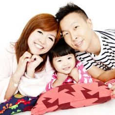 family photo ideas with toddler - Google Search