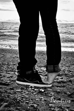 Couples photography would be perfect with chucks :)