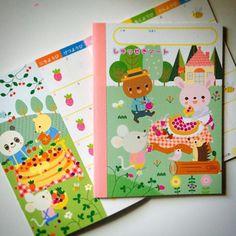 来年のしゅっせきノート(^.^) どーぶつさんたちが毎月何か手作りしてます。 #鈴木出版 #どうぶつ#カレンダー#たかはしなな