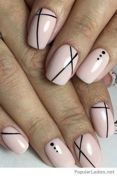 Nude nails with black details
