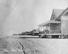 Old Nags Head oceanfront cottage ... circa 1900.