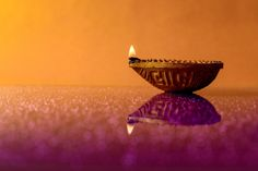 Diwali Photography, Still Photography, Diwali Lamps, Christmas Lights Background, Phone Backgrounds Tumblr, Graphic Wallpaper, Indian Festivals, Happy Diwali, Religious Art