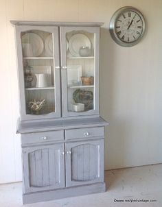 This is a great color for a hutch
