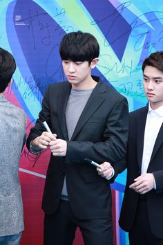 Chanyeol - 160409 16th Top Chinese Music Awards - 9/64 Credit: Spunky Action, Baby!. (第十六届音乐风云榜年度盛典)