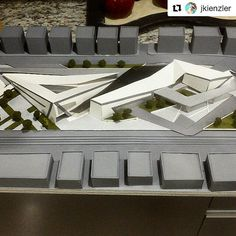 #Repost @jkienzler with @repostapp ・・・ Mercado municipal cetro.cultural/civico #arquitectura #architectura #iarchitectures #arquitectos… Conceptual Architecture, Architecture Sketchbook, Museum Architecture, Education Architecture, School Architecture, Amazing Architecture, Architecture Design, Public Space Design, Architecture Presentation Board