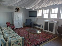 Get ready in privacy and luxury in our new Bridal Suite at Blossom Heath Inn! Bridal Suite, Dance The Night Away, Beautiful Space, Event Venues, Babyshower, This Is Us, Luxury, Room, Wedding