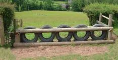 Beautiful Front yard fence australia,Wooden fence horizontal and Garden fence rabbits. Front Yard Fence, Farm Fence, Diy Fence, Fence Landscaping, Backyard Fences, Garden Fencing, Fence Ideas, Garden Grass, Pallet Fence