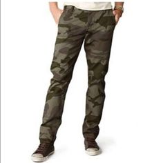 BRAND NEW!! Men's Dockers Alpha Camo Khakis Where Jeans End and Khakis Begin.. Looks great on men!!  Dockers Pants Trousers