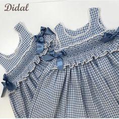 Kids Dress Clothes, Kids Dress Wear, Girl Doll Clothes, Little Girl Dresses, Girls Dresses, Crochet Baby Dress Pattern, Baby Dress Patterns, Crochet Baby Clothes, Girls Frock Design