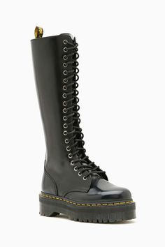 Dr. Martens Britain 20 Eye Boot - Boots + Booties