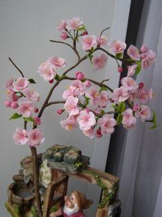 Цветы сакуры из полимерной глины