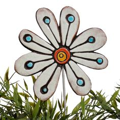 Ceramic flower garden art. White garden decor. www.gvega.com.