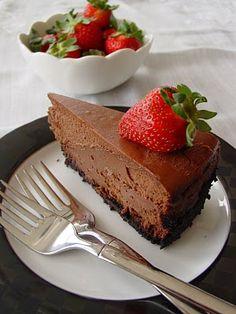 Lick The Bowl Good: Triple Chocolate Cheesecake Triple Chocolate Cheesecake, Chocolate Desserts, Choco Chocolate, Just Desserts, Delicious Desserts, Yummy Food, Healthy Food, Cheesecakes, Cheesecake Recipes