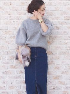 Jean Skirt, Denim Skirt, Jean Outfits, Casual Outfits, Asian Street Style, Fashion For Women Over 40, Beauty Women, Women's Beauty, Asian Woman