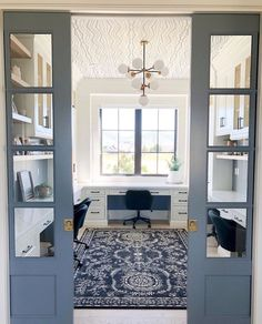 -Blue pocket doors and a wallpapered ceiling! What is there not to love about thi… Blue pocket doors and a wallpapered ceiling! What is there not to love about this homework room! Homework Room, Interior, Home, Pocket Doors, Furniture Chair, House Interior, Home Office Design, Furniture Design, Office Design