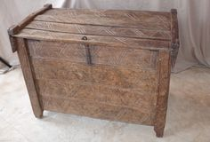 13th to  15th Century Riven Oak Chest