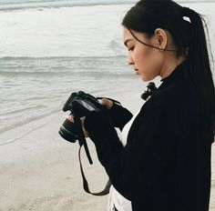 Embedded image Nadz Lustre, Filipina Beauty, Jadine, Best Actress, Strike A Pose, Ulzzang, Poses, Actresses, Celebrities