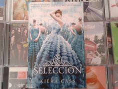 """""""La Selección"""" escrito por Kiera Cass"""