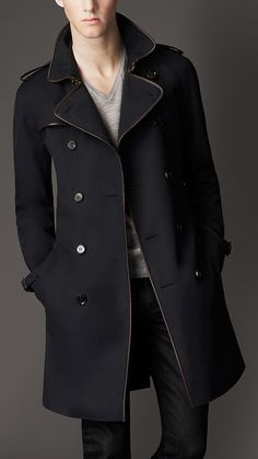Burberry mid-length cotton gabardine leather trim trench coat. #fashion // #men // #mensfashion