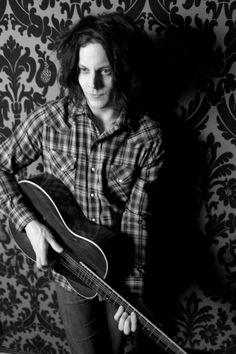 Jack White-Man knows HOW to play guitar, legend.