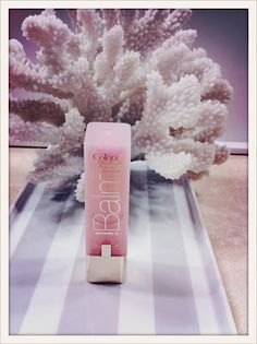 """L'Oreal's Balm in the color """"pink satin""""- Ladies, this is a must-have. Not only is it the perfect, subtle yet there pink color, it also has SPF. All Things Beauty, Beauty Make Up, Girly Things, Hair Beauty, Veronika Blushing, Mark Makeup, Hair Skin Nails, L'oréal Paris, Beauty Hacks"""