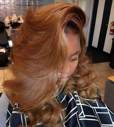 In love with this golden hair color and that bang Gorgeous fall color Coco Black Hair provide the most natural looking hair and wigs Change yourself today! Dyed Natural Hair, Pelo Natural, Natural Hair Highlights, Love Hair, Gorgeous Hair, Weave Hairstyles, Pretty Hairstyles, 80s Hairstyles, Everyday Hairstyles