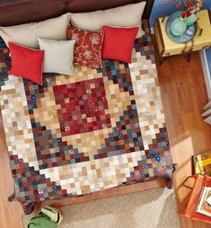 American Patchwork & Quilting December 2014 So Many Squares by designers Sarah Maxwell and Dolores Smith of Homestead Hearth Nancy Zieman, Shirt Quilt, Quilt Top, All People Quilt, Bed Quilt Patterns, American Patchwork And Quilting, The Quilt Show, Queen Size Quilt, Easy Quilts