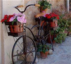 Flower Pot #bicycles, #bicycle, #pinsland, https://apps.facebook.com/yangutu