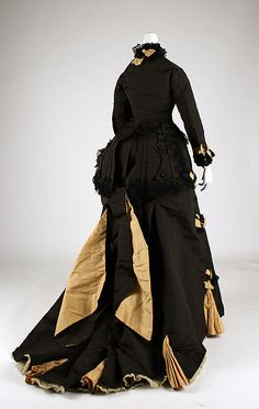 Back view of a beautiful black and gold Victorian afternoon dress. #Victorian #vintage #fashion