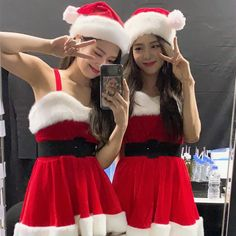 blackpink in your area: Photo Blackpink Jisoo, Blackpink Jennie, Divas, South Korean Girls, Korean Girl Groups, Blackpink Youtube, Black Pink ジス, Blackpink Photos, Pictures