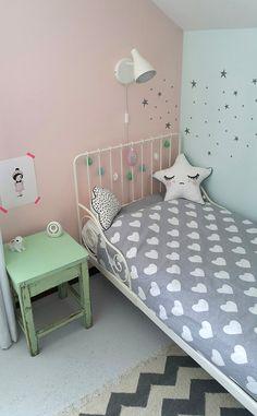 girlsroom | meisjeskamer | kids room | kinderkamer www.kinderkamervintage.nl