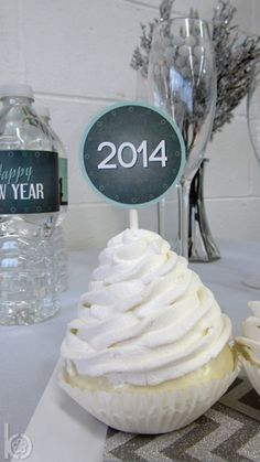 Love these cupcakes from a New Year's Eve party!  See more party ideas at CatchMyParty.com!  #partyideas #newyears