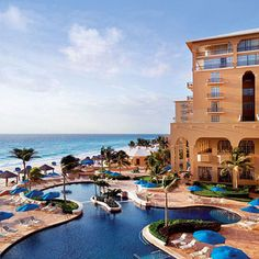 Feel the Experience of Cancun Resorts.I know Cancun since its inception in the and have seen it grow to what it is today. Cancun has surpassed other Mexican Resorts in popularity. Cancun Resorts, Mexico Resorts, Best Resorts, All Inclusive Resorts, Hotels And Resorts, Cancun Mexico, Vacation Places, Honeymoon Destinations, Vacation Trips
