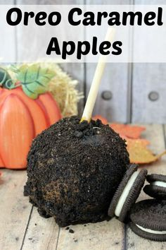 Perfect for Fall, this apple dessert will remind you of the fair. Oreo caramel apple recipe
