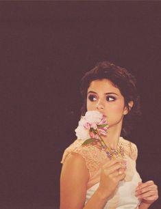 tumblr_mfjsdmP3Xr1rd8y7eo1_500.jpg (500×650) #SelenaGomez