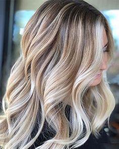 Fall Blonde Hair Color, Blonde Hair Looks, Brown Blonde Hair, Hair Color And Cut, Hair Color Blondes, Summer Hair Colour, Blonde Balayage Mid Length, Hair Ideas For Blondes, Blond Hair Colors