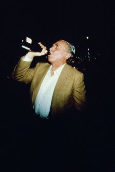 German-born American writer and poet Charles Bukowski drinking liquor. Charles Bukowski, King Art, Writers And Poets, My Prayer, American, Versace, Hipster, Fictional Characters, Vivo