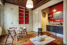 Cosy apartment in the Old Town 3 in Lyon Cosy Apartment, French Summer, Old Town, Perfect Place, Condo, Lyon, Old Things, Table, Furniture