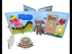 Quiet book Teddy's house to go - doll house teenytinymom Spielbücher Quiet books Travel Toys, Busy Book, Book Activities, Sewing Tutorials, Stocking Stuffers, Kids Toys, To Go, Kid Books, Quiet Books