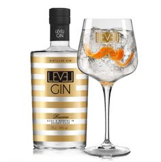 Level Gin Reserve  SHOP ONLINE: http://www.purelifestyle.be/shop/view/giving/gin-tonic/level-gin-reserve