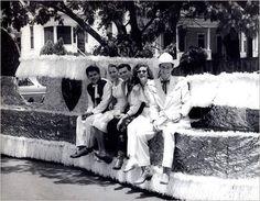 Glenn Douglas Tubb , Bea, Justin Tubb , Elaine and Ernest Tubb in Meridian, MS - (1957)