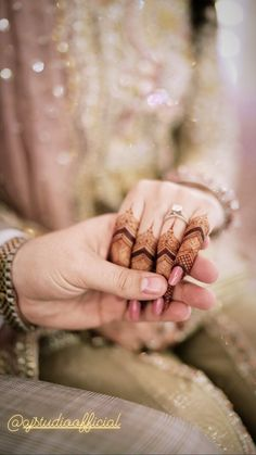 Henna Design By Fatima Kashee's Mehndi Designs, Mehndi Designs For Fingers, Wedding Couple Poses, Wedding Couples, Bridal Jewellery Inspiration, Pakistani Formal Dresses, Promise Rings For Couples, Desi Bride, Profile Picture For Girls