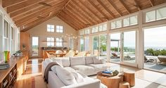 Swede Hill House by Aquidneck Properties