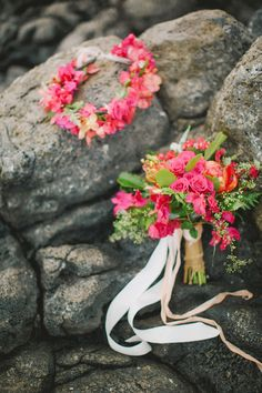 www.designsbyhemingway.com Our floral haku designed for a stylized photo shoot with Warm Photos Photography. Designs by Hemingway is a wedding florist & event decor designer in Honolulu, Hawaii. #tropicalflowers #hawaiiweddingflorist