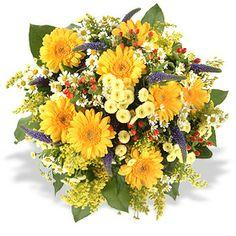 Schenken Sie ein Lächeln und der Tag wird wunderbar. Runder Blumenstrauß in Gelb mit weißen, roten und blauen Akzenten, gebunden mit Blüten der Saison, beispielsweise mit Minigerbera, Kamille und etwas Beiwerk. Verschicken Sie diese zauberhaften Blumen zum Geburtstag mit Fleurop Blumenversand.