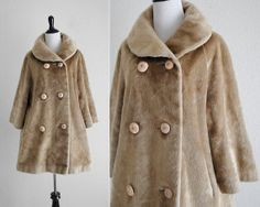 Vtg 60s faux mink double breasted mod swing coat / size medium